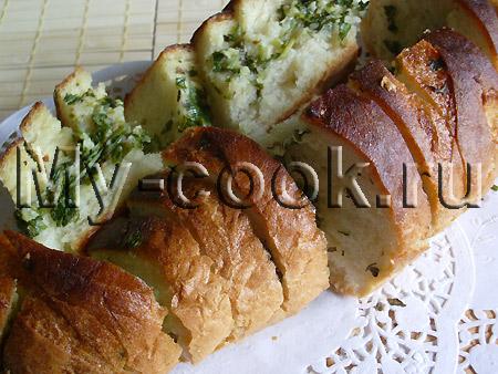 Домашние гренки с зеленью и чесноком