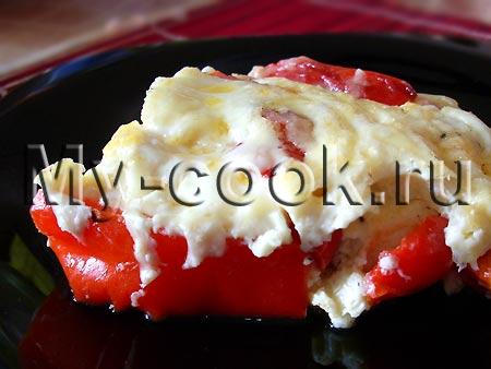 Яичный омлет с запеченным сладким перцем