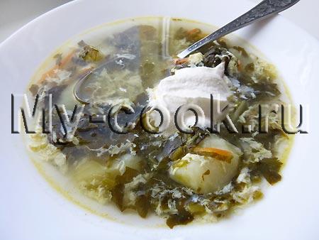 Картофельный суп со щавелем и яйцом