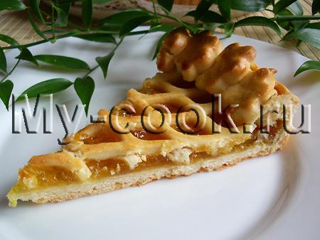 Пирог с решеткой и повидлом