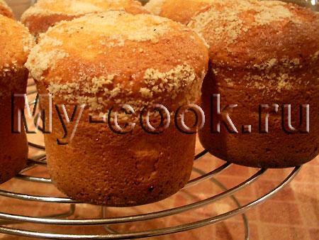 Сметанные кексы с орехами