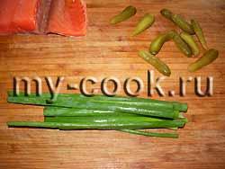 Роллы с огурцом и семгой – кулинарный рецепт