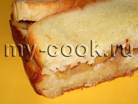 Хлебная запеканка с яблоками и корицей
