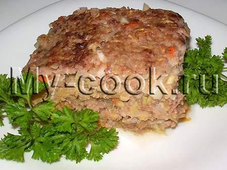 Мясная запеканка с кабачком и рисом
