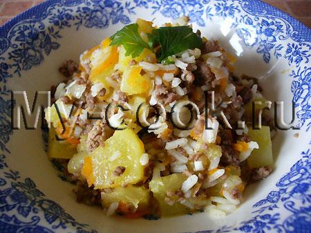 Кабачок с мясным фаршем и рисом. (Ленивый кабачок)