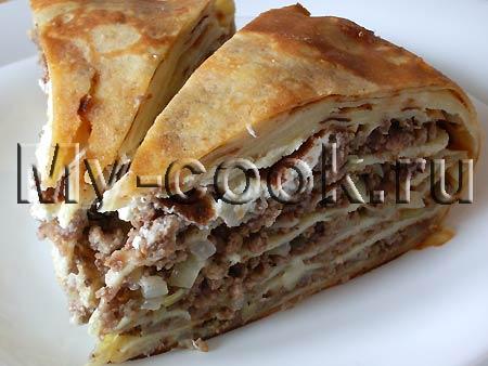 Блинчатый пирог с мясной начинкой