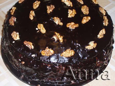 Торт лакомка с черносливом и орехами
